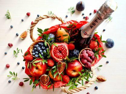 Корзина с фруктами купить