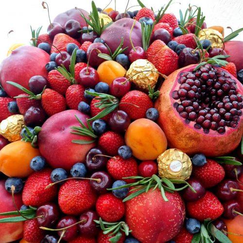 Корзина из фруктов киев