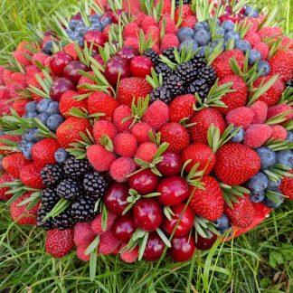 Купить Корзина с ягодами